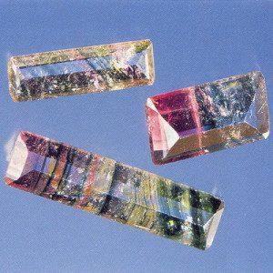 Liddicoatite multicolore