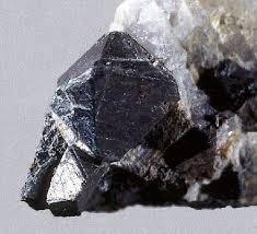 Gahnite noire