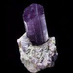 Scapolite violette